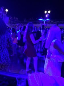At one point, Ali and I got separated. I found her...rocking out on the poolside dance floor. So much fun!!