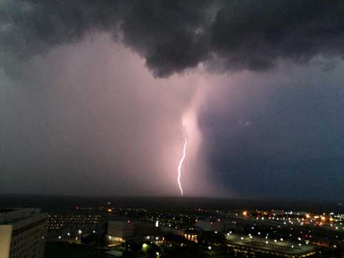 "Ack! Has Anybody Seen Toto?!?! Cool Storm Pics from the ""Home Office!!"""