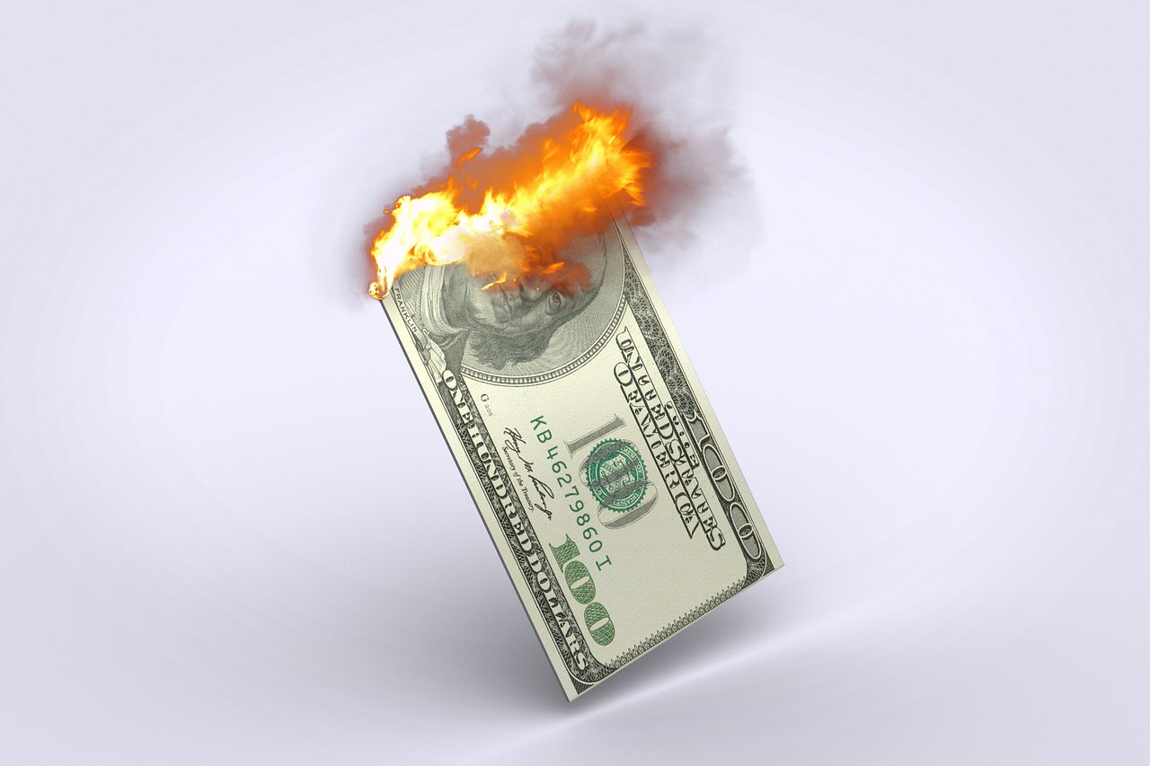 Burn, Money