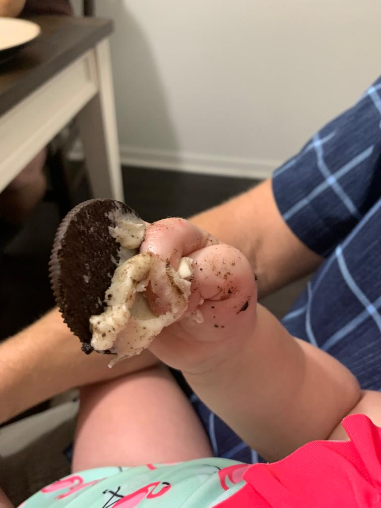 13-Month-Old Teaches Us How to PROPERLY Eat an Oreo! Eeeewww!!!